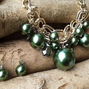 Champagne Glass Green Pearl Necklace Earrings 3/30